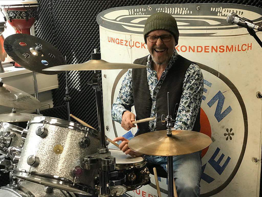 Über mich - Karsten Helmbold am Schlagzeug